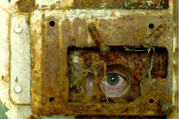 un objet à découvrir et son lieu - ajonc - 24 janvier trouvé par Martine - Page 2 Trou-de-serrure-...